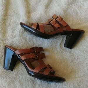 Sofft leather sandals with heel brown Size 7.5